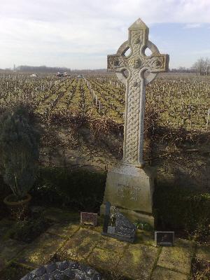 Grave of Thomas Barton, Leoville Barton